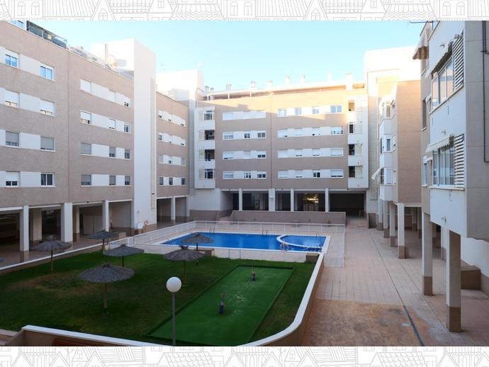 Foto 67 de Piso en Calle Polop / Garbinet, Alicante / Alacant