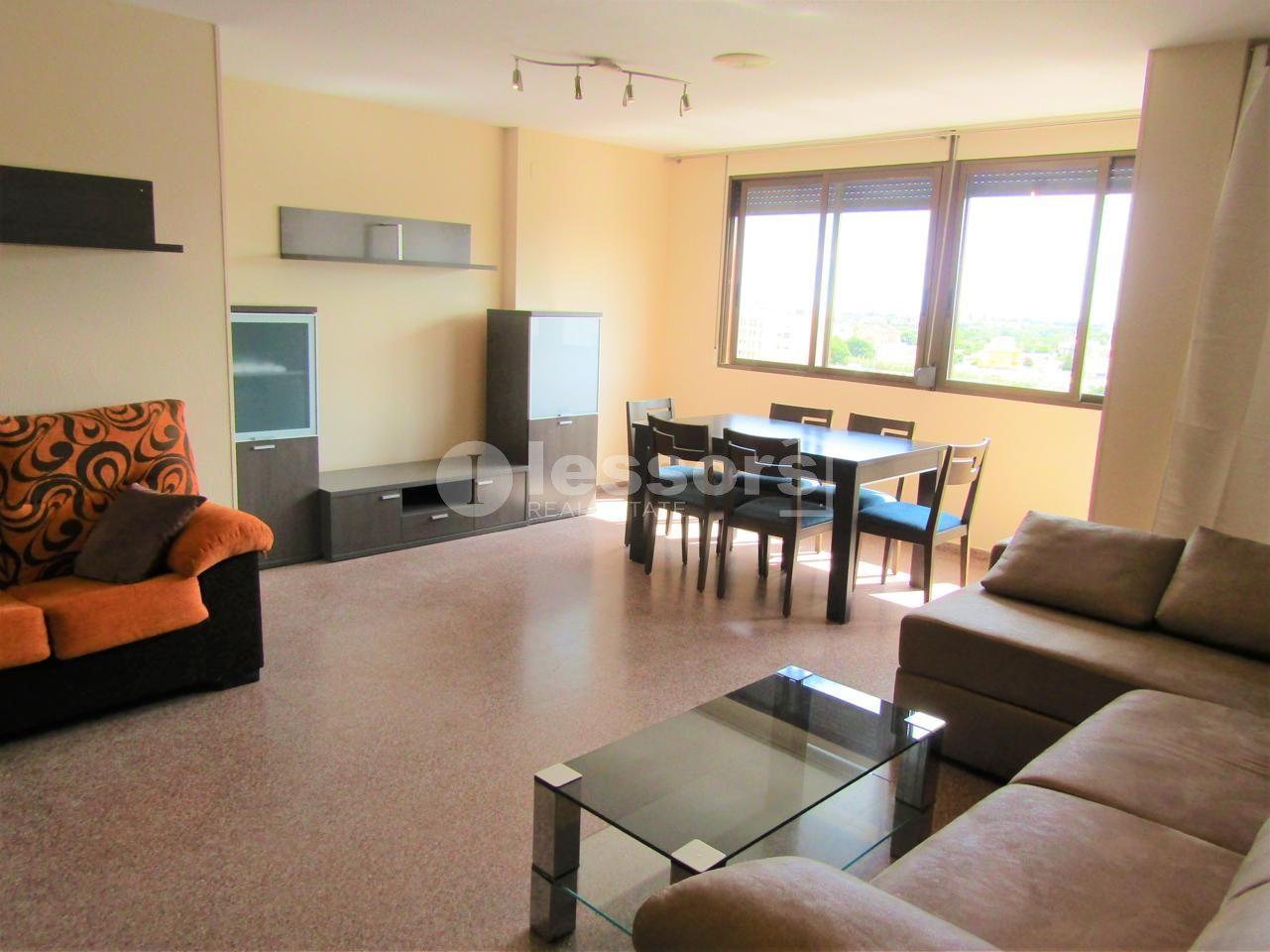 Rent Flat in Centro Ciudad. Alquiler   en av. valencia, completamente amueblada, 3 habitacio