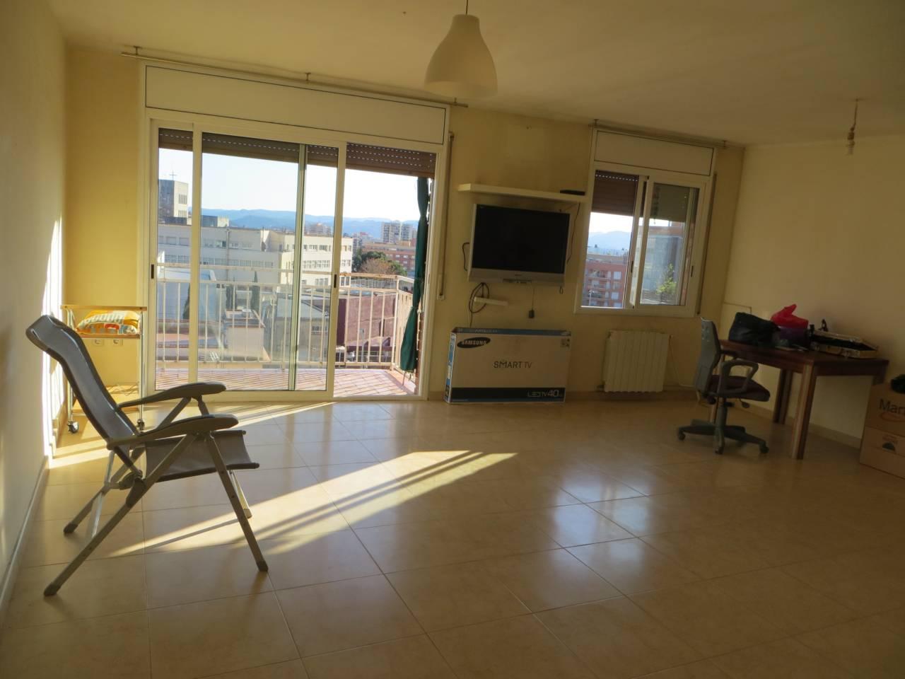 Piso  Josa. Conservado sup. 98 m²,  3 habitaciones (2 dobles,  1 ind.),  1 b