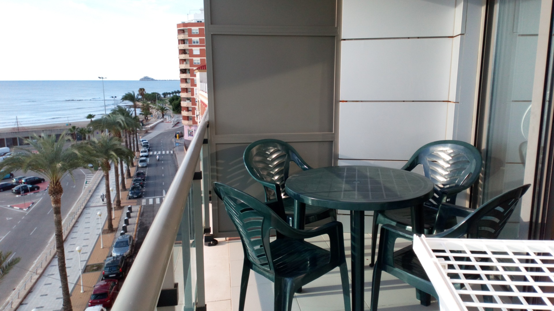 Saisonmiete Etagenwohnung  Avenida marqués de benicarló, 32. Apartamento en alquiler vacacional – 1ª línea de mar - benicarló