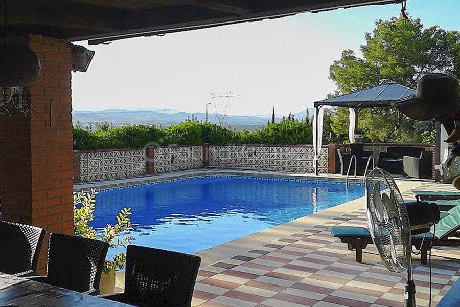 Location Maison  Alberic. Gran chalet en alquiler en alberic con zona de invitados