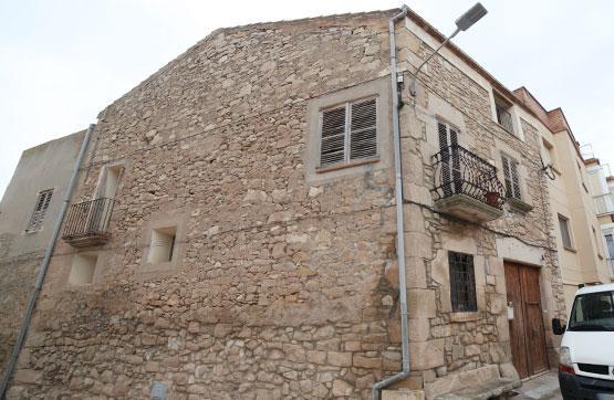Casa  Plaza de la font, 16. Amplia casa en piedra adosada de esquina, ubicada en sant martí