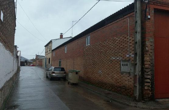 Nau industrial  Calle buenos aires -, 8. Gran oferta de nave industrial en la localidad de calera y choza