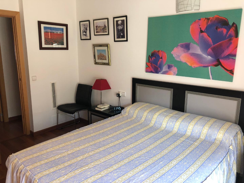 Piso  Carrer elcano. Luminoso apartamento de dos dormitorios en santa catalina. piso