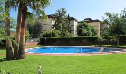 Viviendas y casas en venta con piscina en Náquera