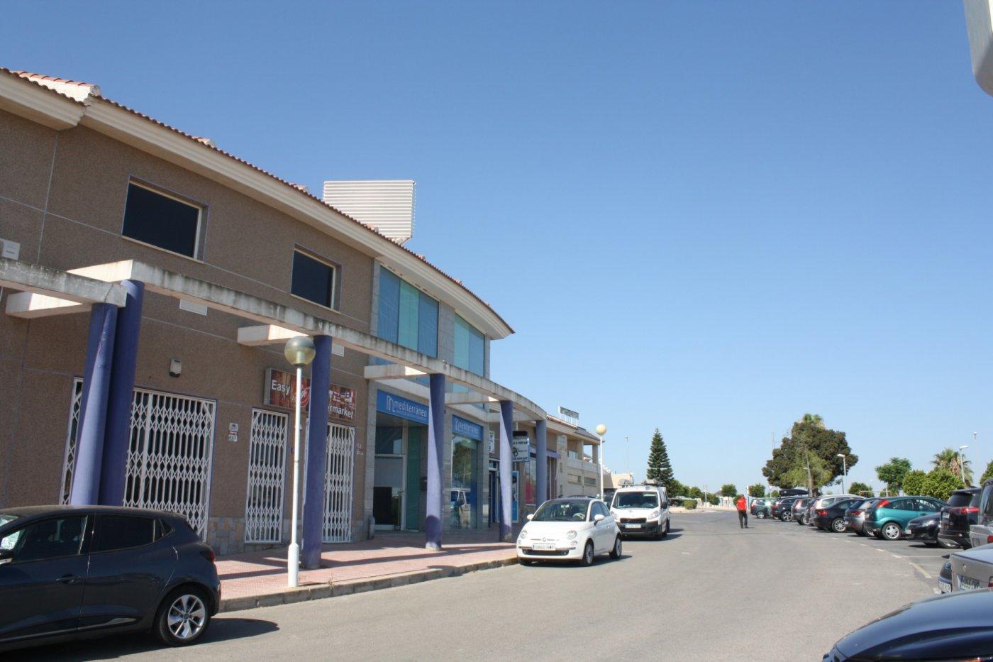 Geschäftsraum  Rojales ,doña pepa - ciudad quesada. Local comercial en esquina  en zona de expansión rodeado de come