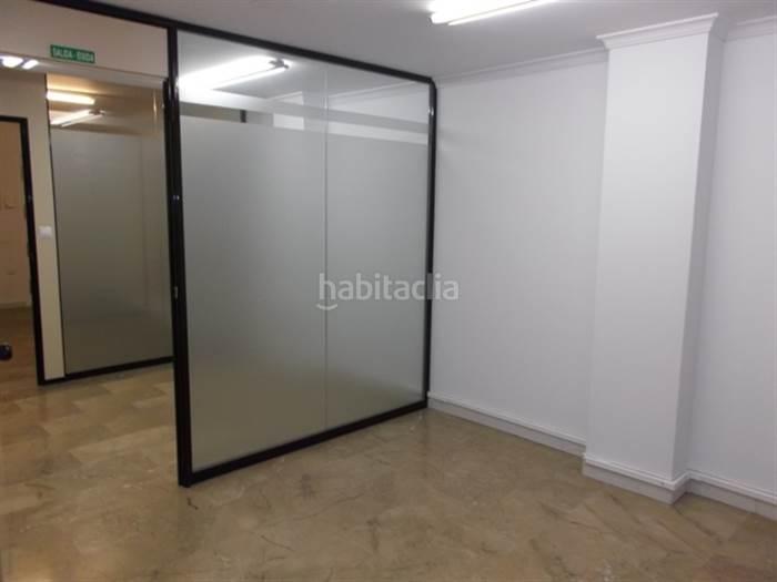 Lloguer Oficina  Dénia. Oficina con calefacción y aire acondicionado