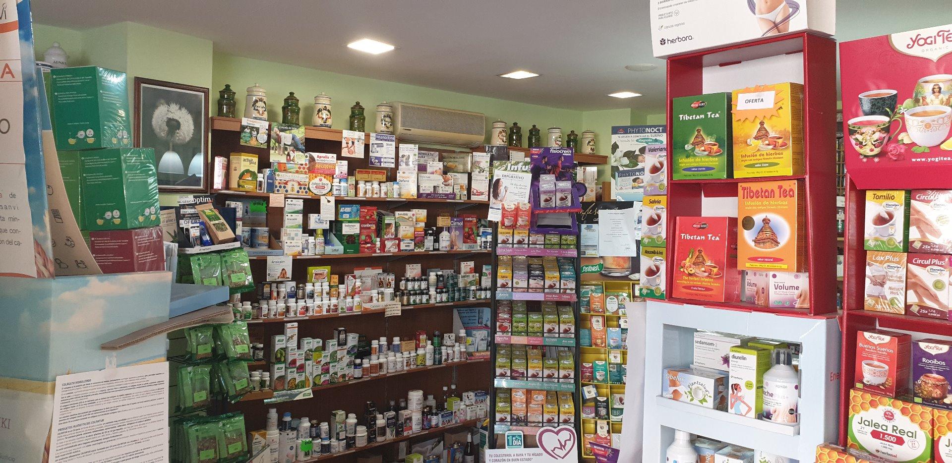 Traspàs Local Comercial  Reus - migjorn. Se traspasa negocio de dietética y nutrición a pleno rendimiento