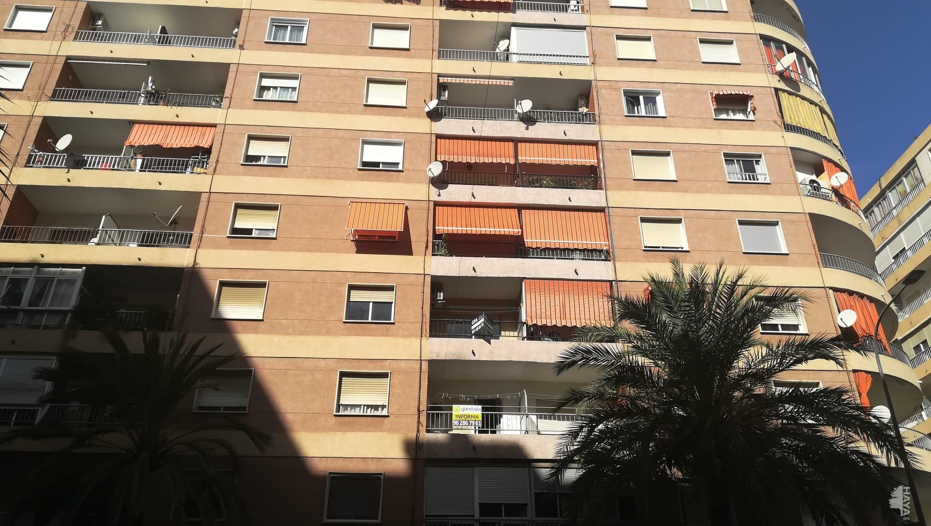 Appartement à Centro Ciudad. Piso en venta en gandia (valencia) republica argentina