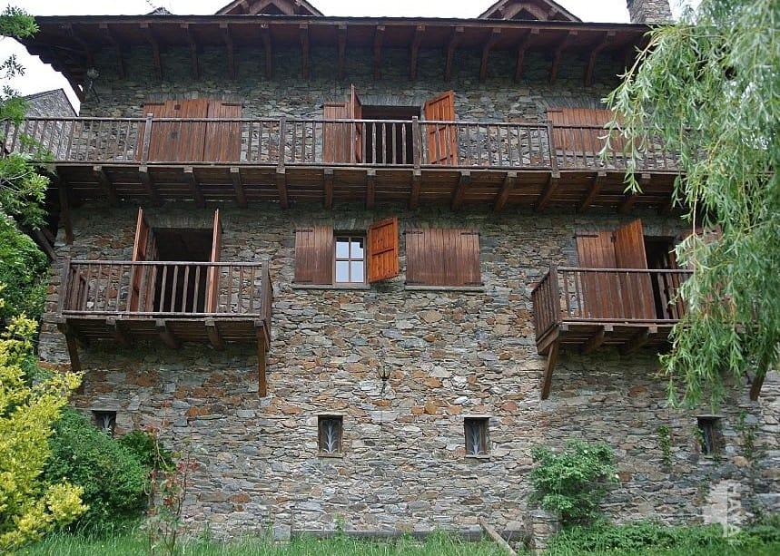 House in Queralbs. Casa en venta en la ruïra, queralbs (girona) baix