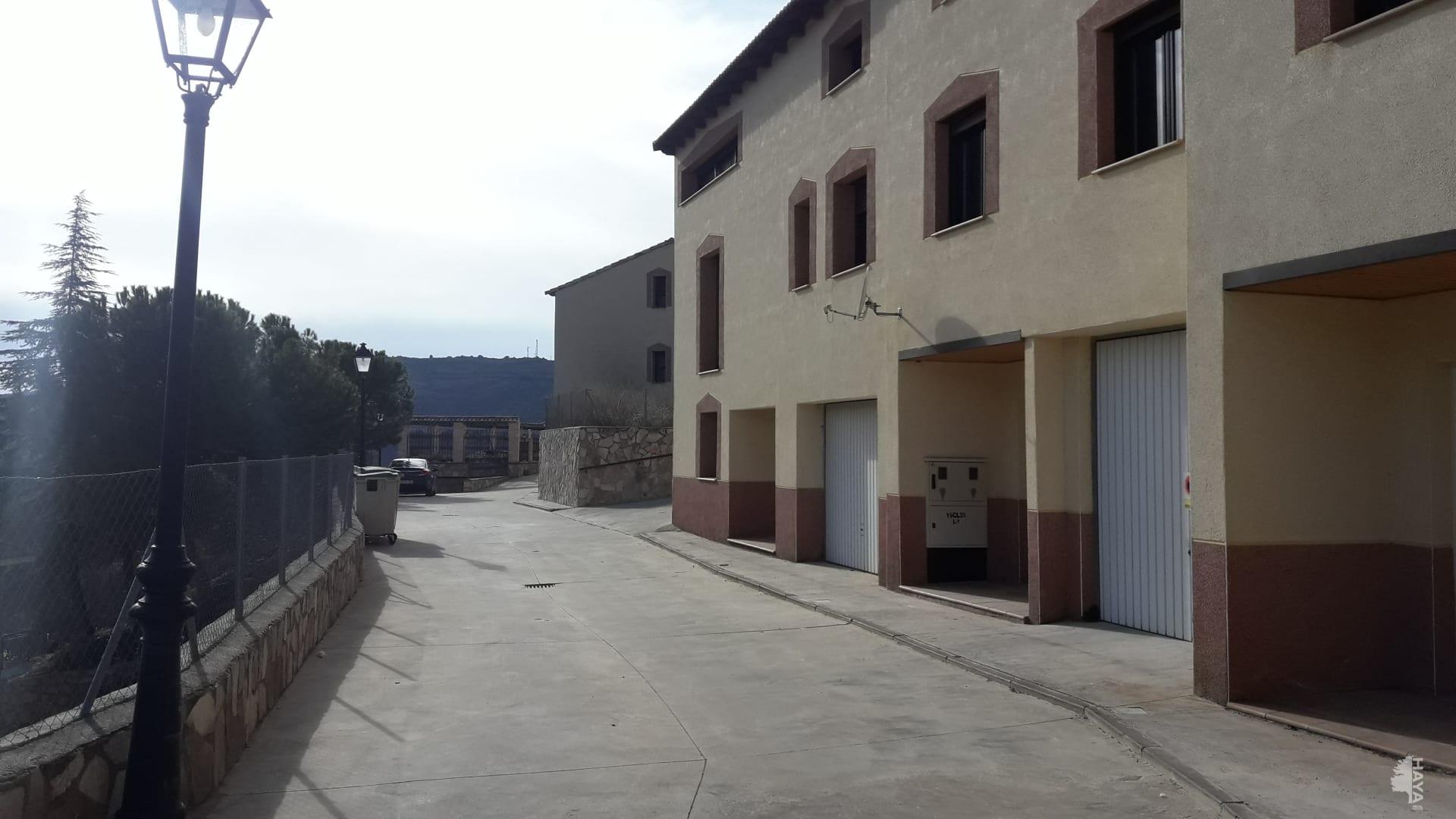 House in Villafranca del Cid. Adosada en venta en pastrana (guadalajara) jesus nazareno