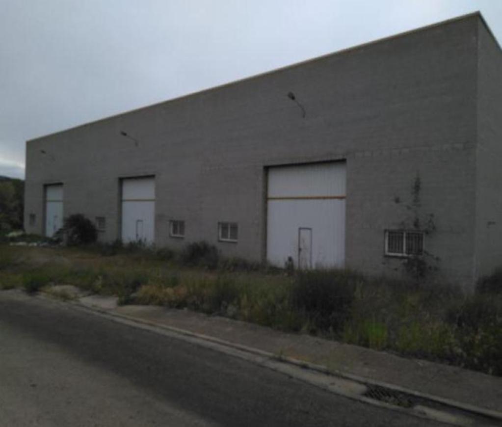 Fabrikhalle in Besalú. Nave industrial en venta en besalú, besalú (girona) pont (el)