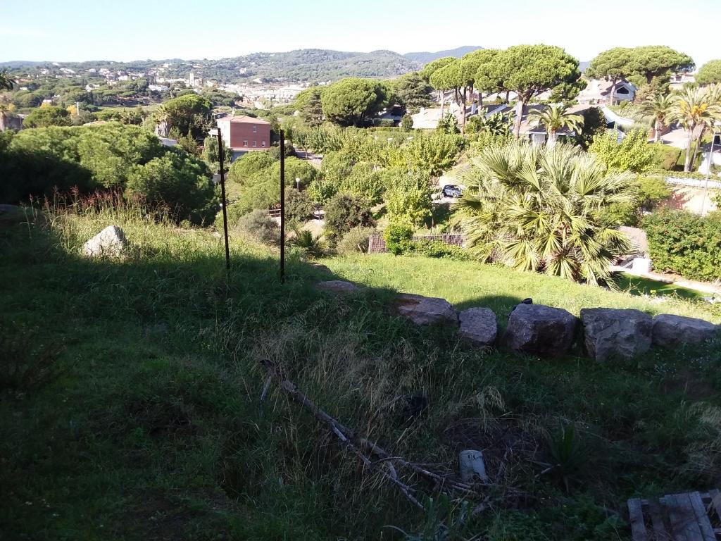 Solar urbà en Caldes d´Estrac. La mejor zona para vivir todo el año.