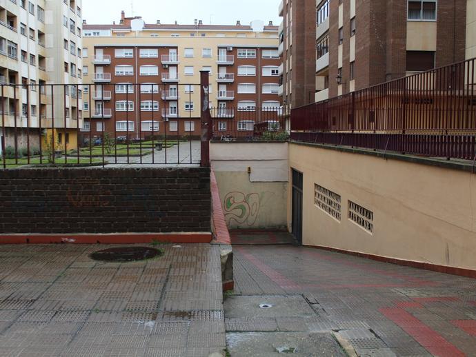 Foto 2 de Garaje en Calle de Magallanes Garrido Sur - Estación Sur