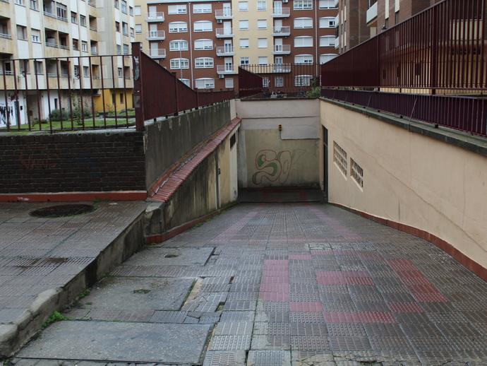 Foto 1 de Garaje en Calle de Magallanes Garrido Sur - Estación Sur