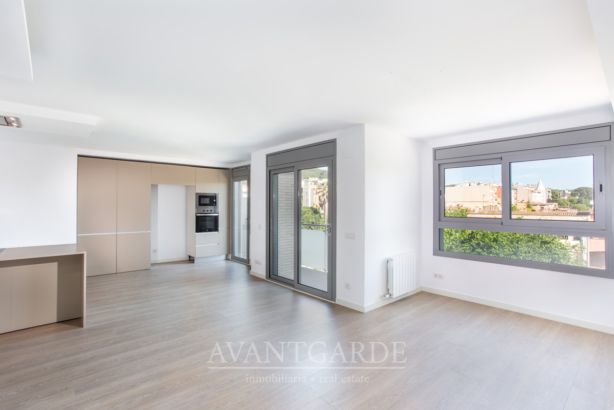 Location Appartement  Carrer joan maragall. Precioso piso concepto abierto con vistas