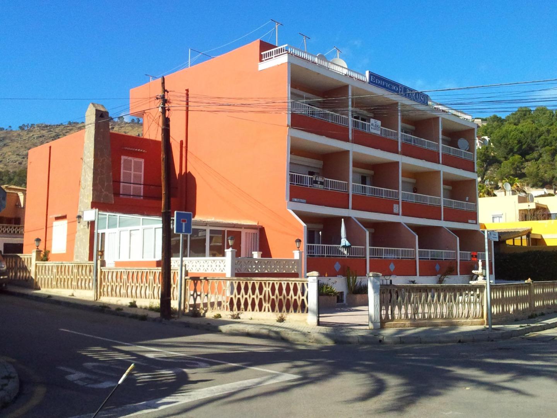 Gebäude  Calle pou, 18
