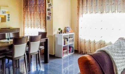 Casa adosada en venta en Zona Río Júcar, Riola
