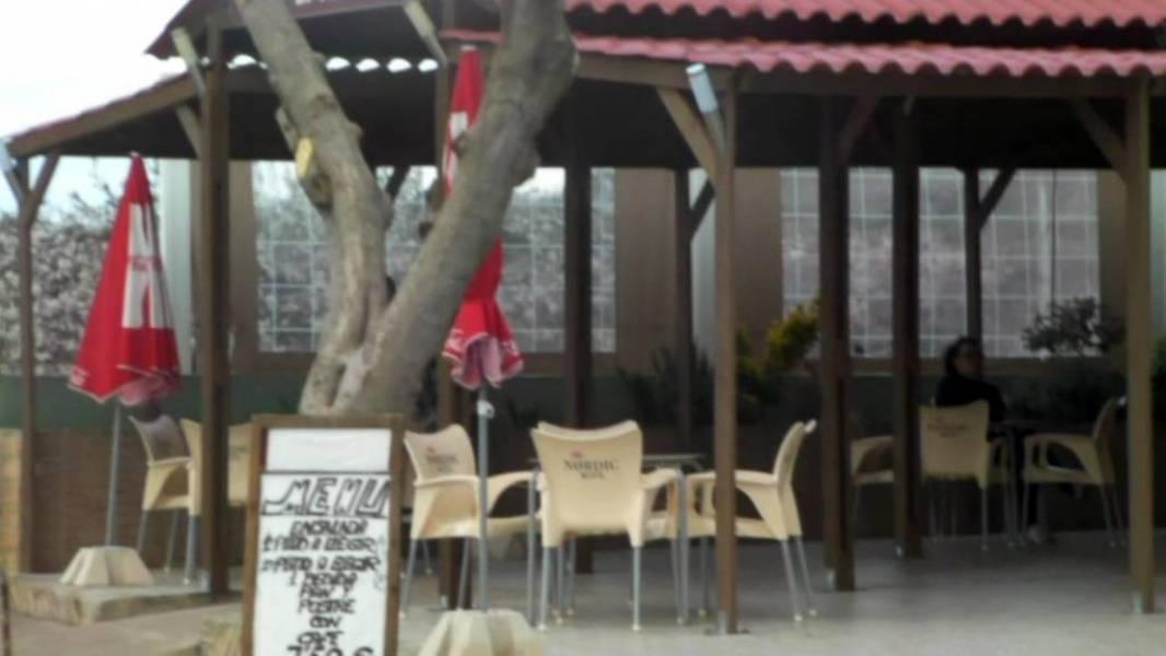 Local Comercial  Vall d'alba ,sin zona. Restaurante en venta por jubilación