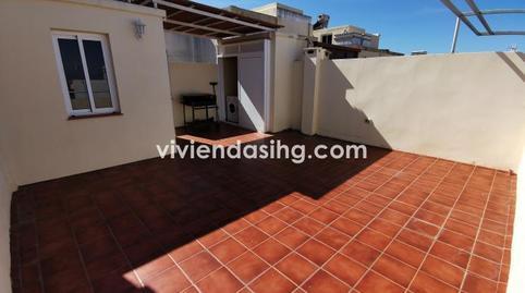 Foto 3 de Casa adosada de alquiler en Carretera Botánico San Antonio - Las Arenas, Santa Cruz de Tenerife