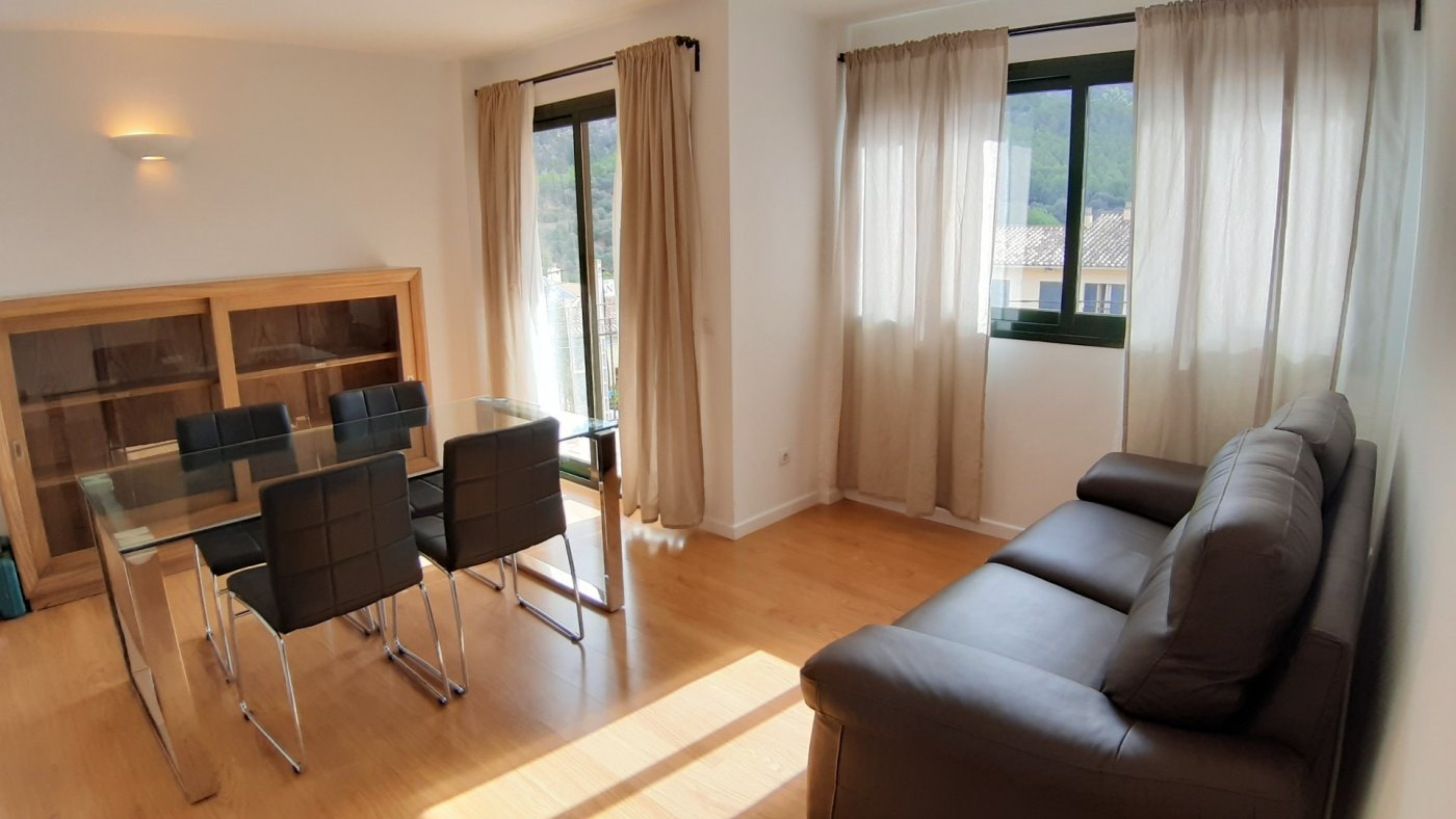 Location Appartement  Calle pere seriol. Se alquila bonito piso en andratx