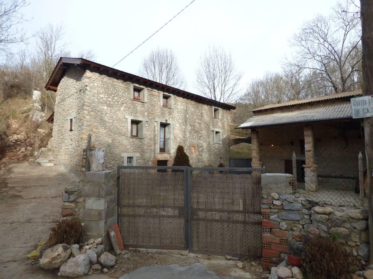Lloguer Casa  Calle carretera d´urus. Preciosa casa a riu de cerdanya. casa de poble amb un magnific