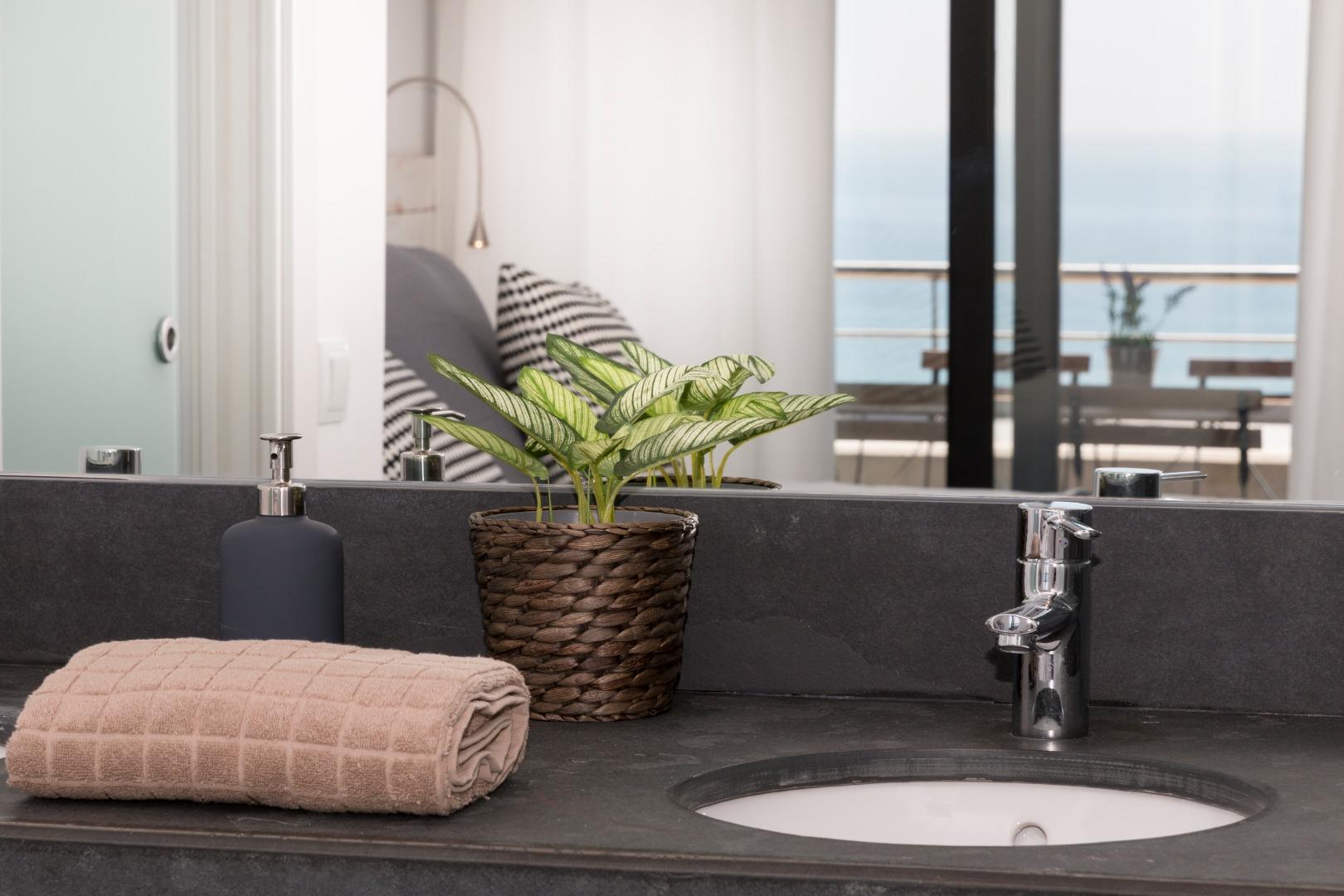 Affitto Appartamento  Sant andreu de llavaneres, zona de - caldes d'estrac. Apartamentos con capacidad para cuatro adultos con dos habitacio