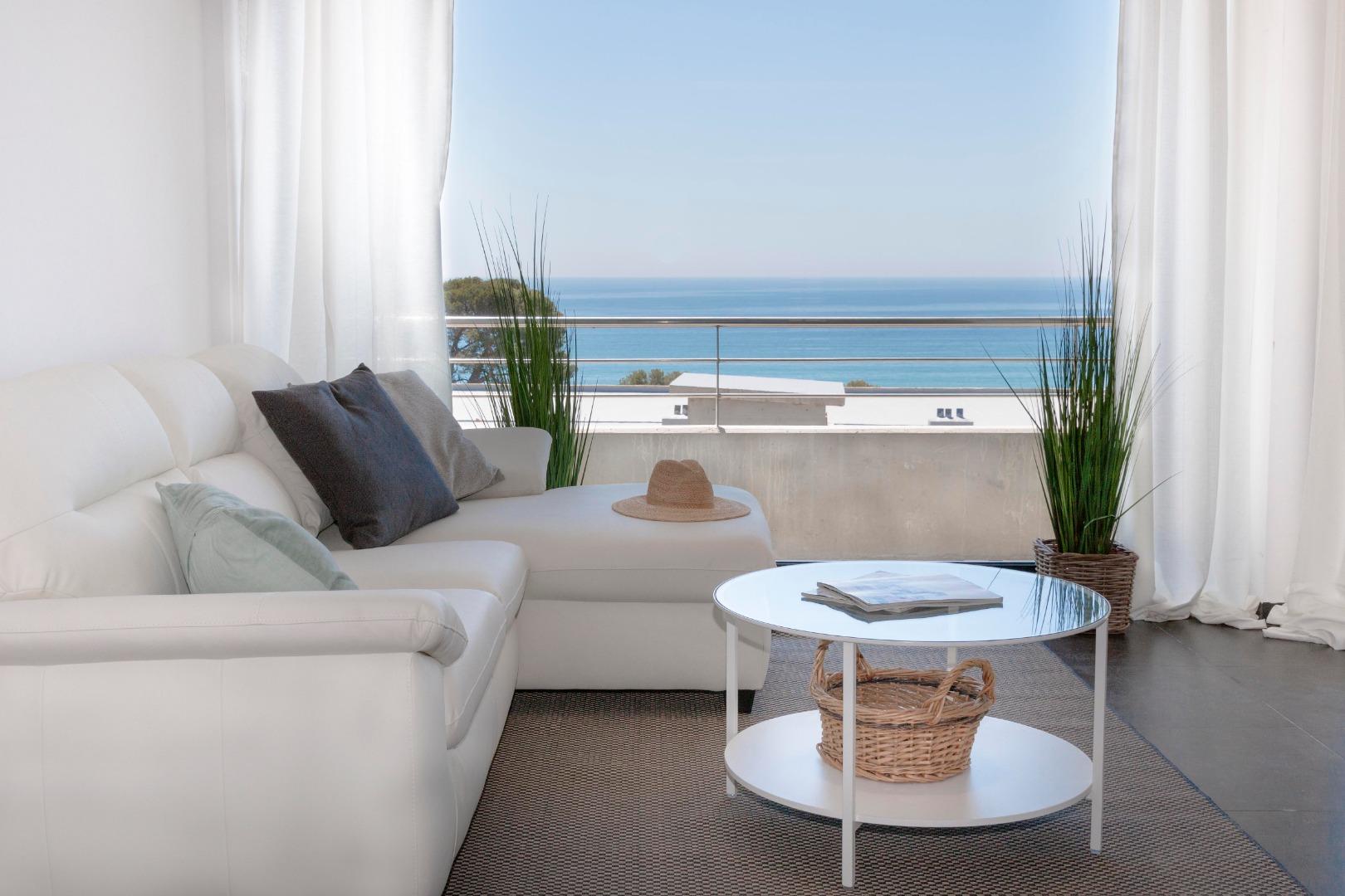 Rental Flat  Sant andreu de llavaneres, zona de - caldes d'estrac. Realizamos alquiler de temporada anual renovable apartamentos c