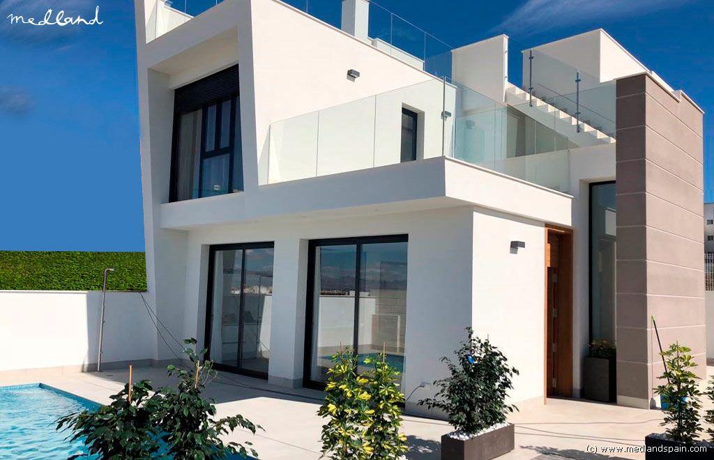 Casa en Benijófar. Modernos chalets de 3 dormitorios en benijófar