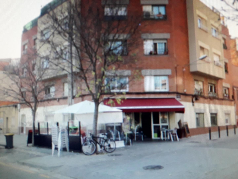 Transfer Business premise  Viladecans - torre roja - campreciós -  grup sant jordi. Bar cafeteria con buena clientela.