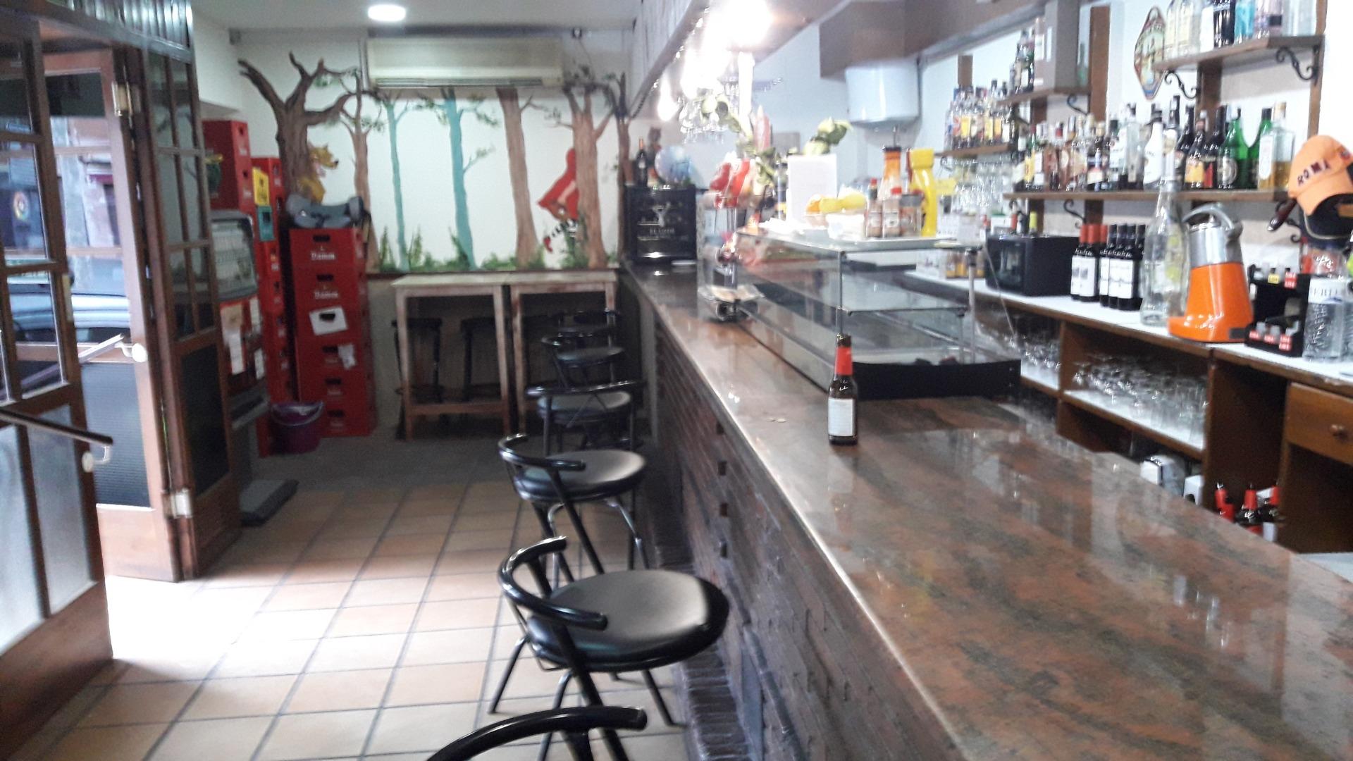 Traspàs Local Comercial  Viladecans - torre roja - campreciós -  grup sant jordi