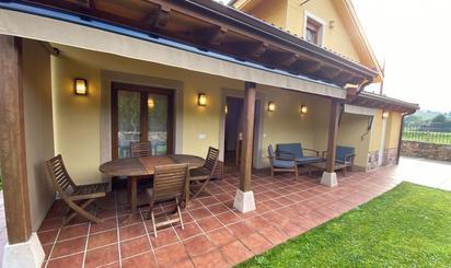 Casa o chalet de alquiler en Valduno - Biedes , Las Regueras