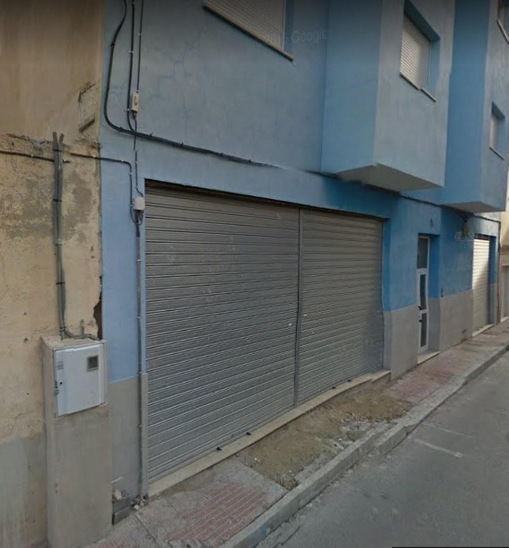 Local Comercial  Calle gabriel miró. Local en venta/alquiler para negocio en buena zona de sax