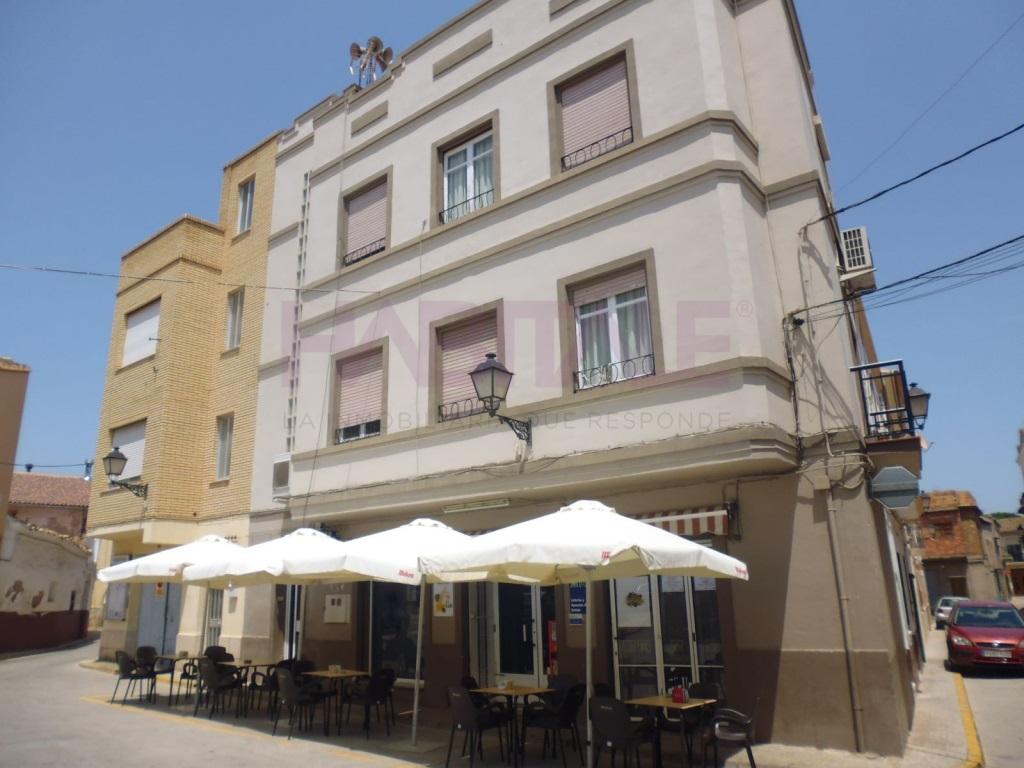 Gebäude  Estivella, Estivella, Estivella, valencia, españa. Se vende edificio con negocio de bar y vivienda