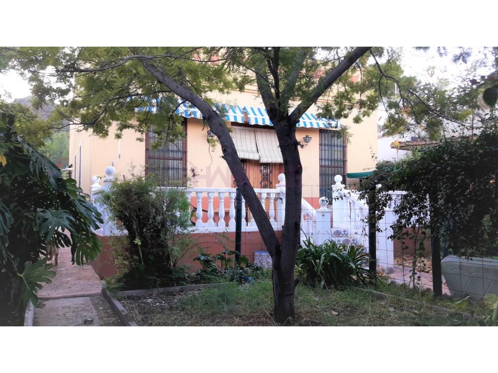 Alquiler Casa  Estivella, estivella, valencia, españa. Casa-chalet independiente en el casco urbano de estivella