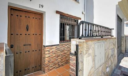 Casa adosada de alquiler en Padul