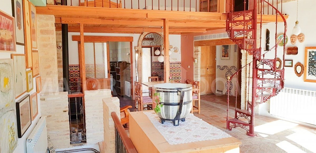 Affitto Casa  Requena ,requena. Chalet disponible en alquiler en las nogueras