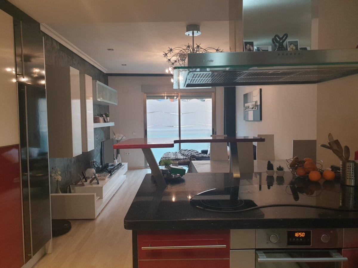 Rent Flat  Aldaia ,dos de mayo. Vivienda de dos habitaciones con calidades especiales