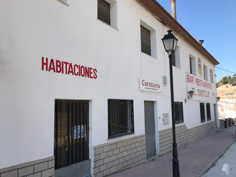 Local Comercial  Iglesia, 34
