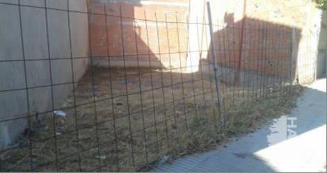 Solar urbà  Corts catalanes