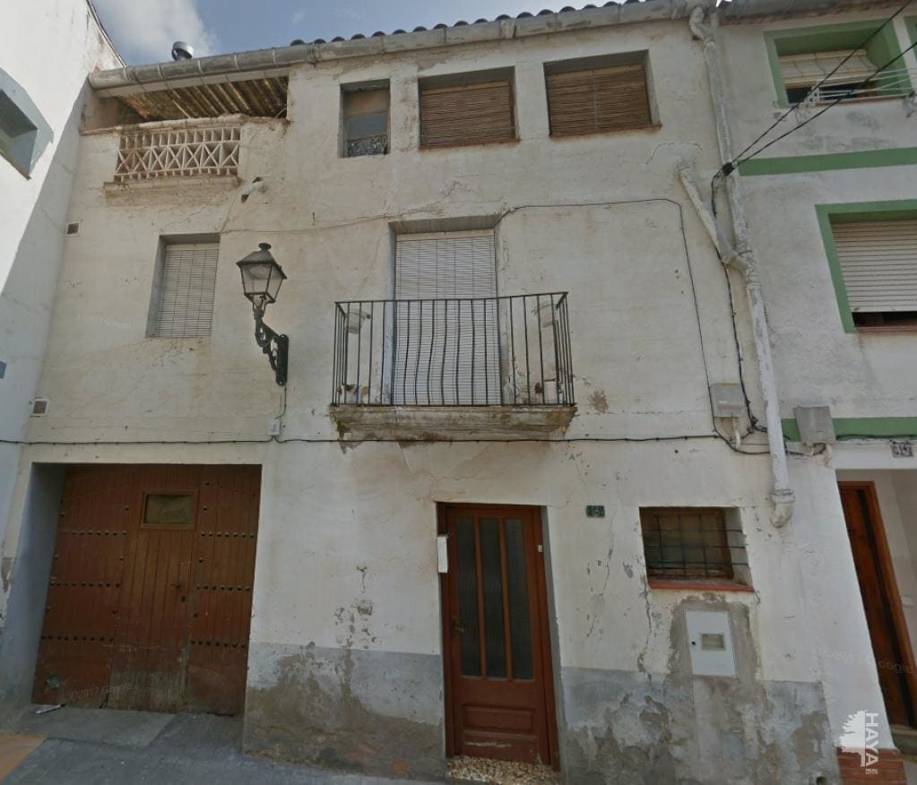 House  Castell
