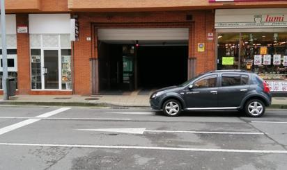 Plazas de garaje de alquiler en Llano, Gijón