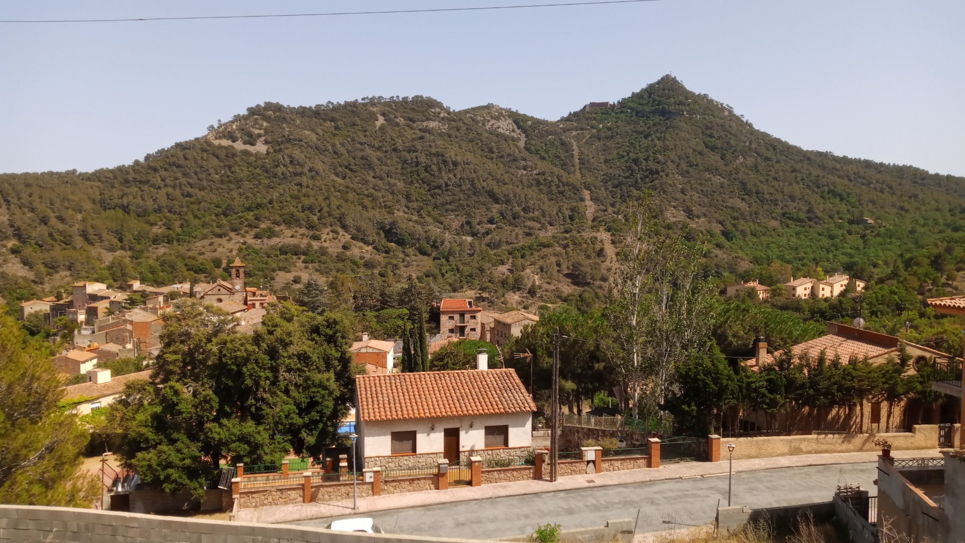 Casa  Riudoms, zona de - l'argentera. Casa de 3habitaciones y 1 banos con expectaculares vistas a la m