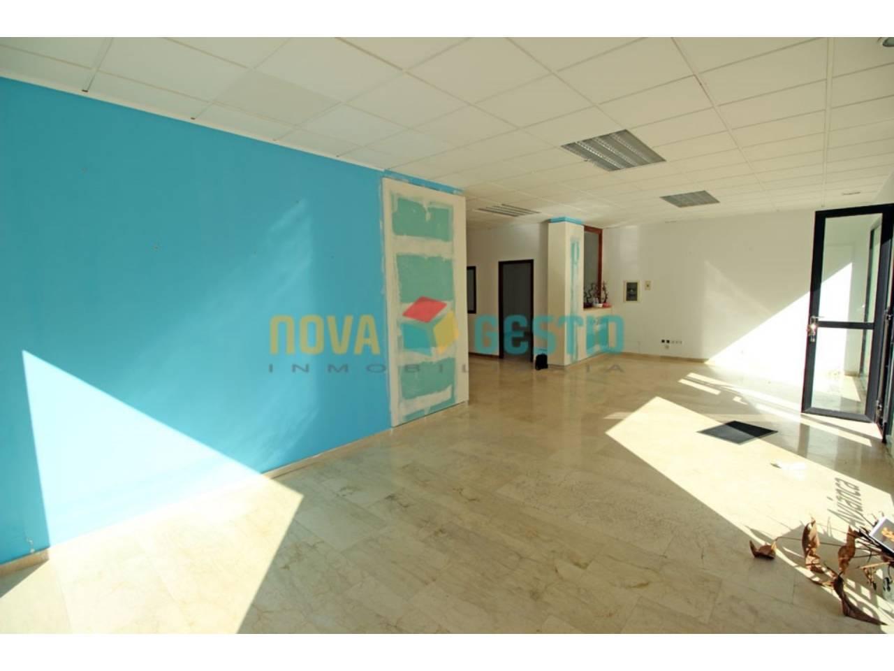 Rental Business premise  Manacor. Precioso local de 117 m² en alquiler en Manacor, muy bien situad