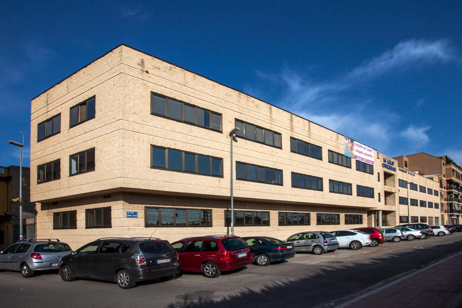 Rent Office space  Avenida enric valor, 3. Las oficinas de progesalgo se encuentran en un edificio a las af