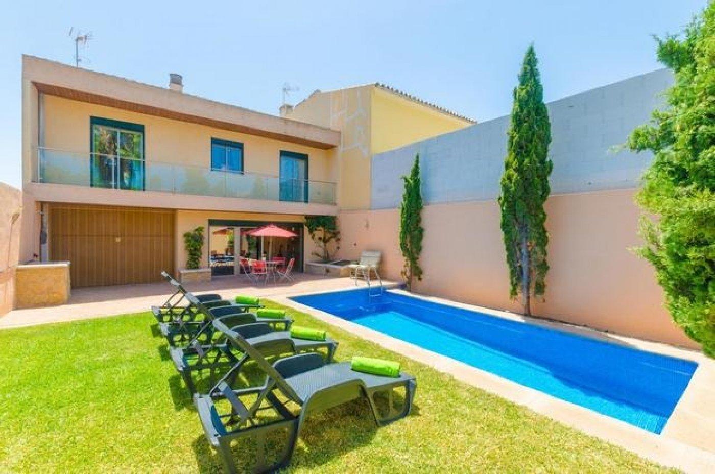 Rent House  Vilafranca de bonany ,afueras. Casa con encanto en villafranca de bonany