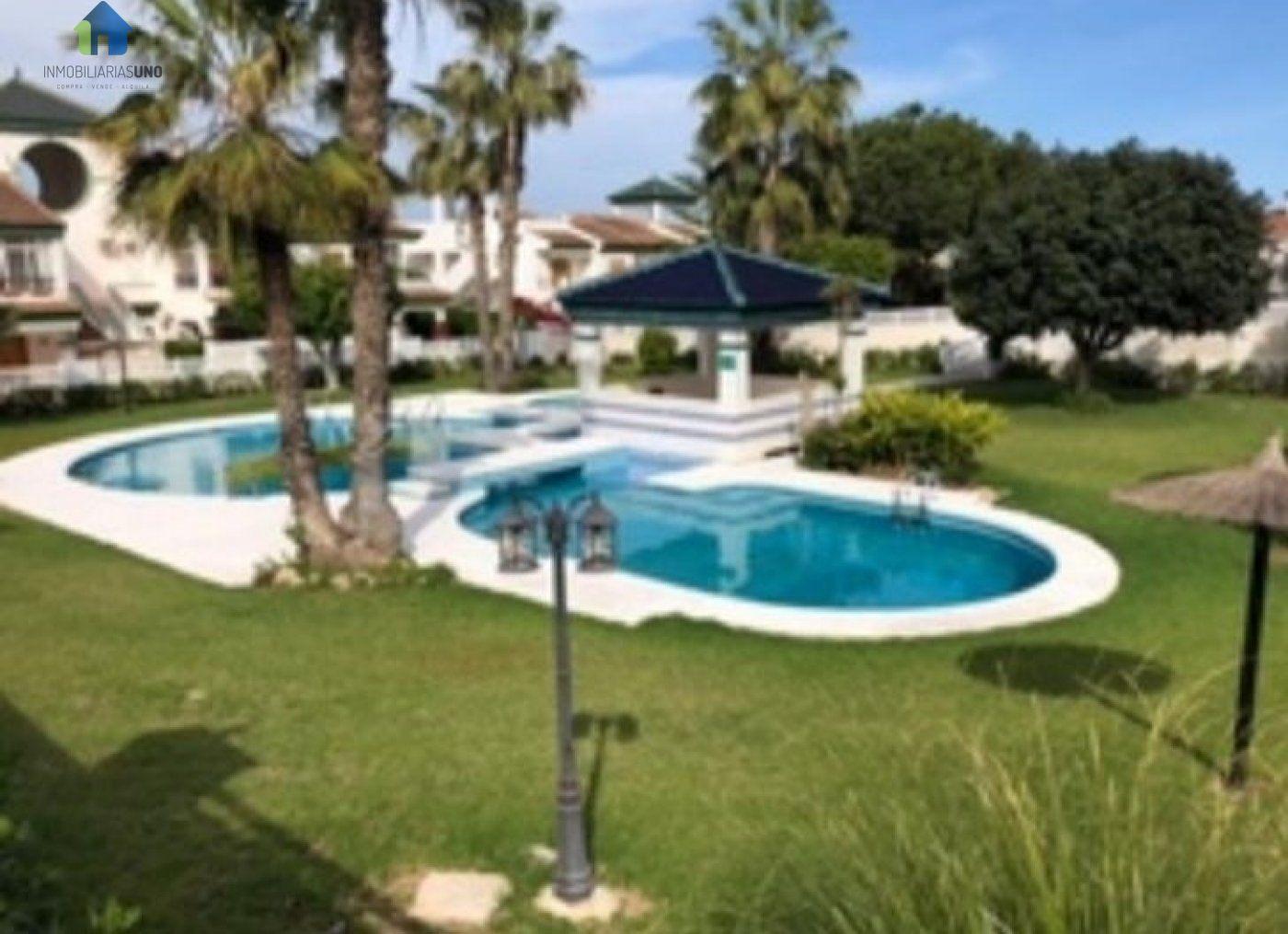 Alquiler Casa  Orihuela costa ,mil palmeras. Bungalow planta baja con piscina comunitaria mil palmeras