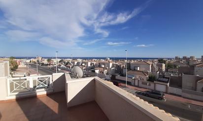 Casa adosada de alquiler en Torrevieja
