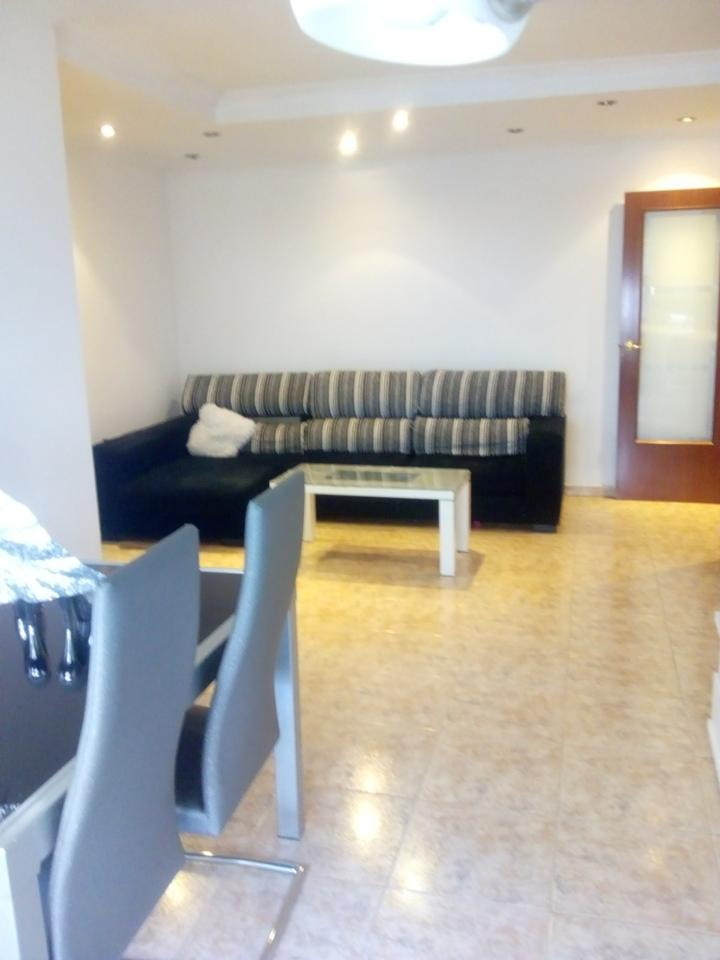 Pis  Calle carrer de sant sebastià. Este piso se encuentra en carrer de sant sebastià, 17006, girona