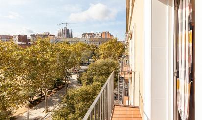 Habitatges i cases en venda a Metro Monumental, Barcelona